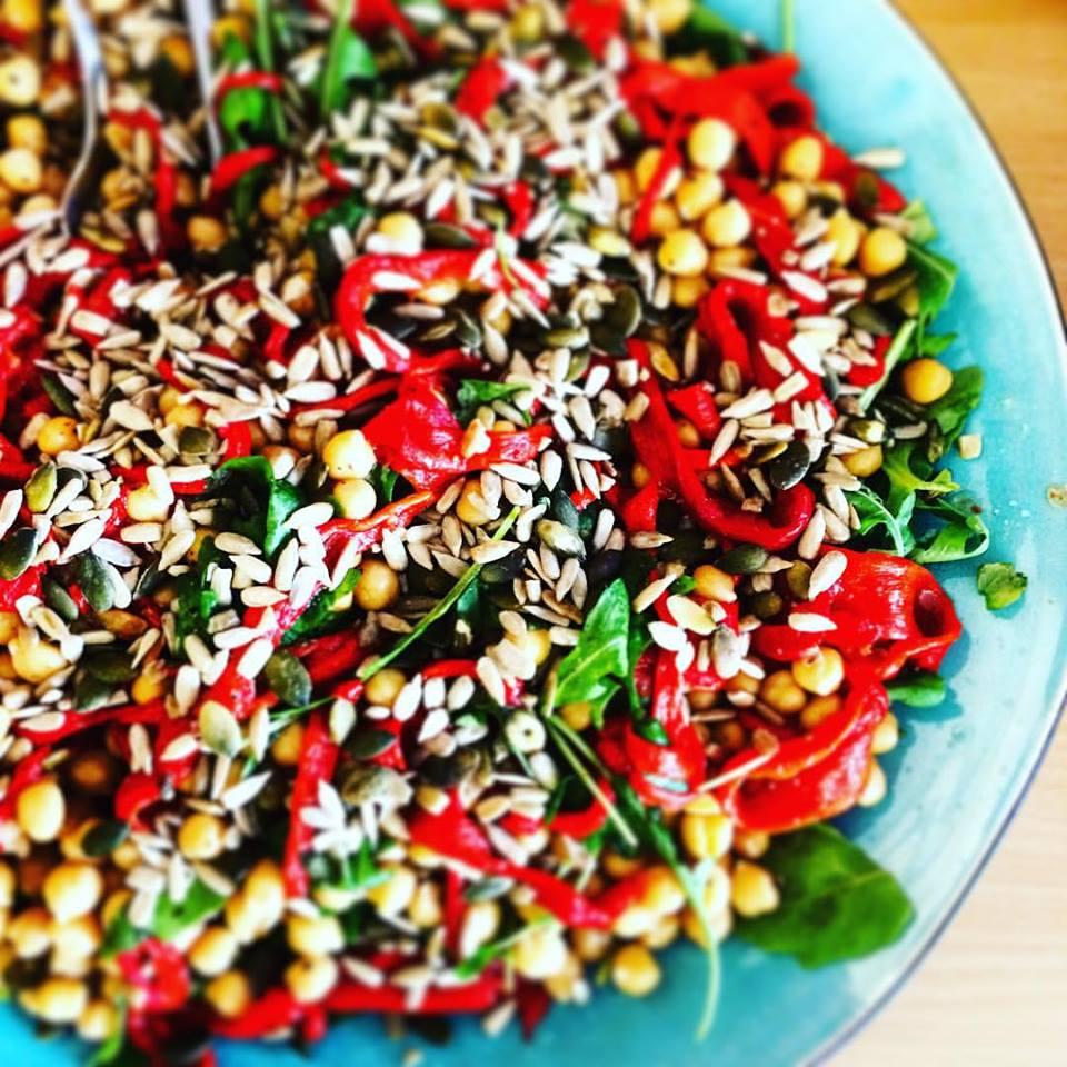 разноцветная веганская еда