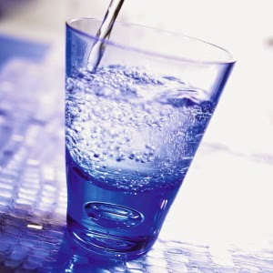 Секрет красивой кожи #5: пейте побольше чистой воды