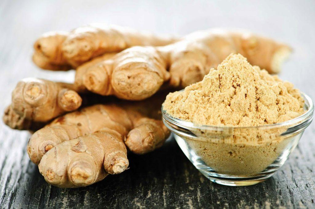 Корень имбиря - продукт против старения, богат цинеолом, цитралем, гингеролом.