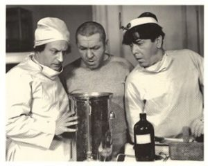three_stooges_doctor_small1