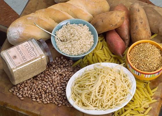 глюкоза — это не толькосахар.Дело в том, что в глюкозу перерабатывается множество продуктов питания, которые содержат разные формы сахара (моносахариды, дисахариды, полисахариды).