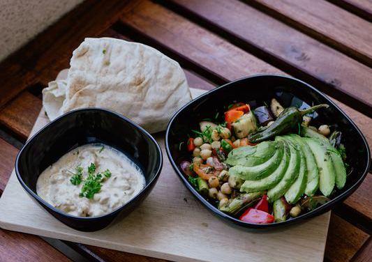 ощелачивающий рецепт: хумус с петрушкой
