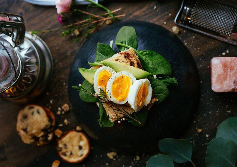 яйца - лучший продукт для быстрого и полезного обеда и завтрака