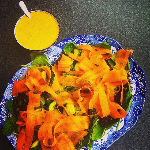 Вкусные и полезные зимние салаты