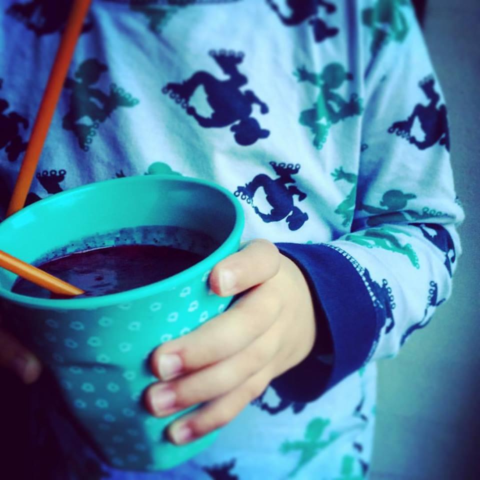 смузи для детей - отличный способ приучить их к здоровому и правильному питанию