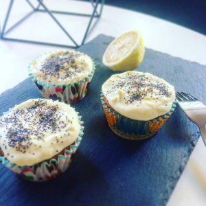 Вкуснейшие лимонные капкейки с маком
