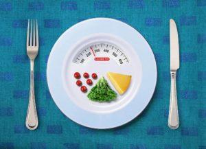 Принцип разделения тарелки помогает не считать калории и оставаться всегда в отличной форме