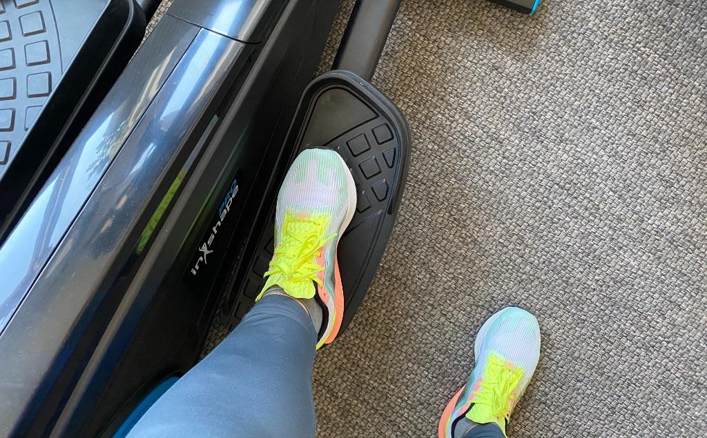 кроссовки для домашних тренировок на тренажере