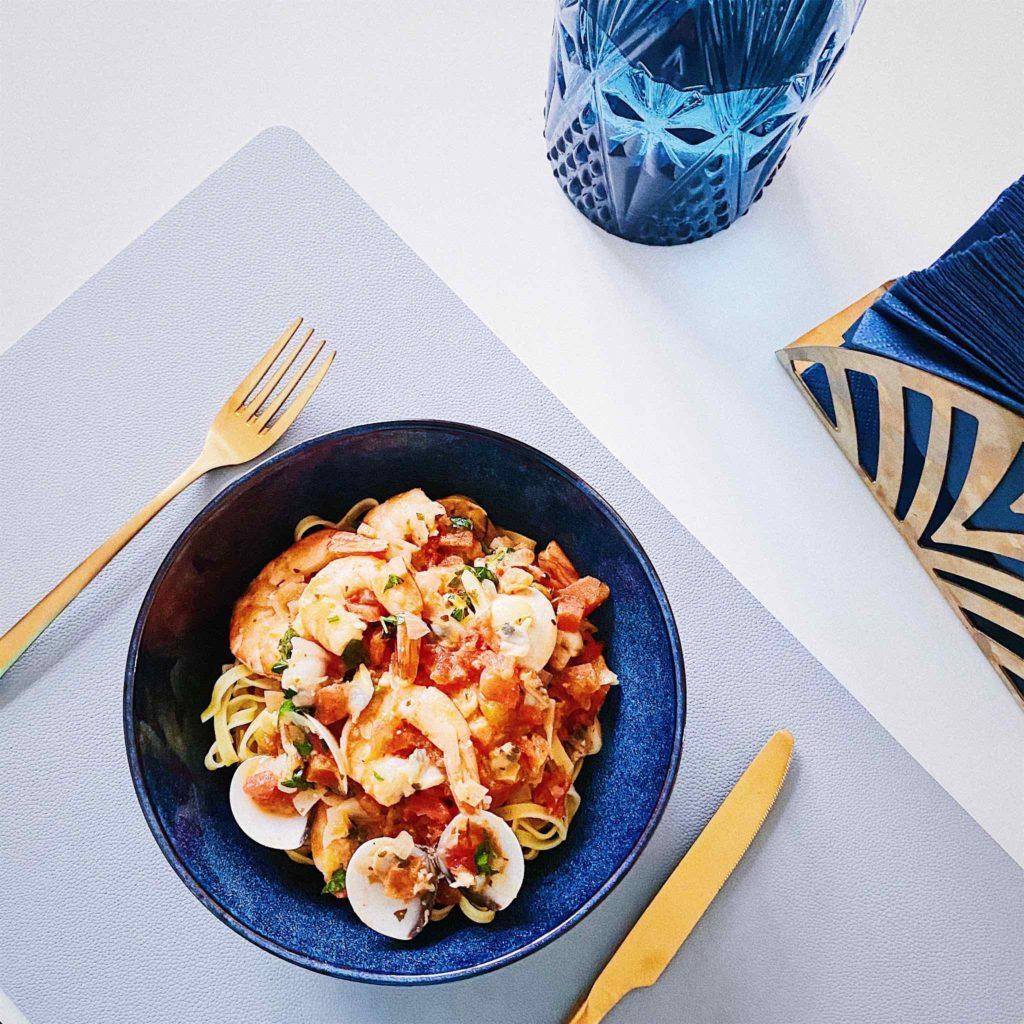 макароны с морепродуктами без глютена в томатном соусе рецепт